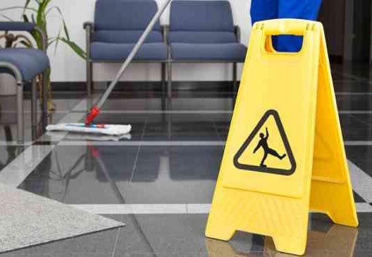 certificado-de-profesionalidad-presencial-limpieza-en-espacios-abiertos-e-instalaciones-industriales-seag0209