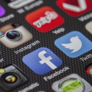 curso-online-primeros-pasos-comunity-manager-redes-sociales-web-2-0